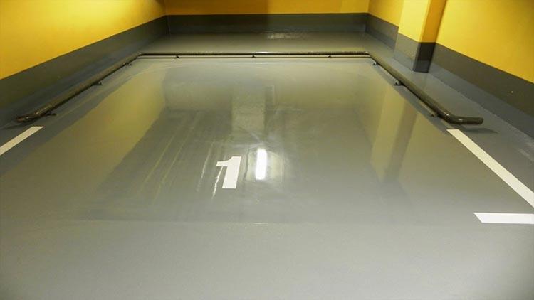 Фото: Наливной пол в гараже